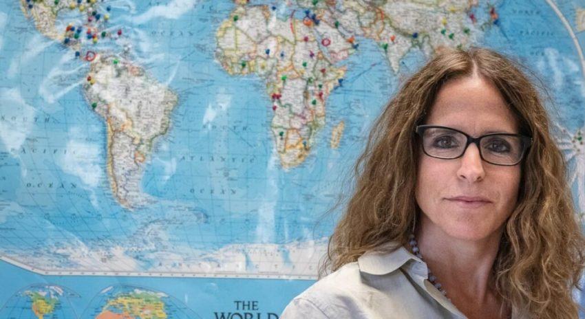 Teacher Erin Towns participates in PolarTREC